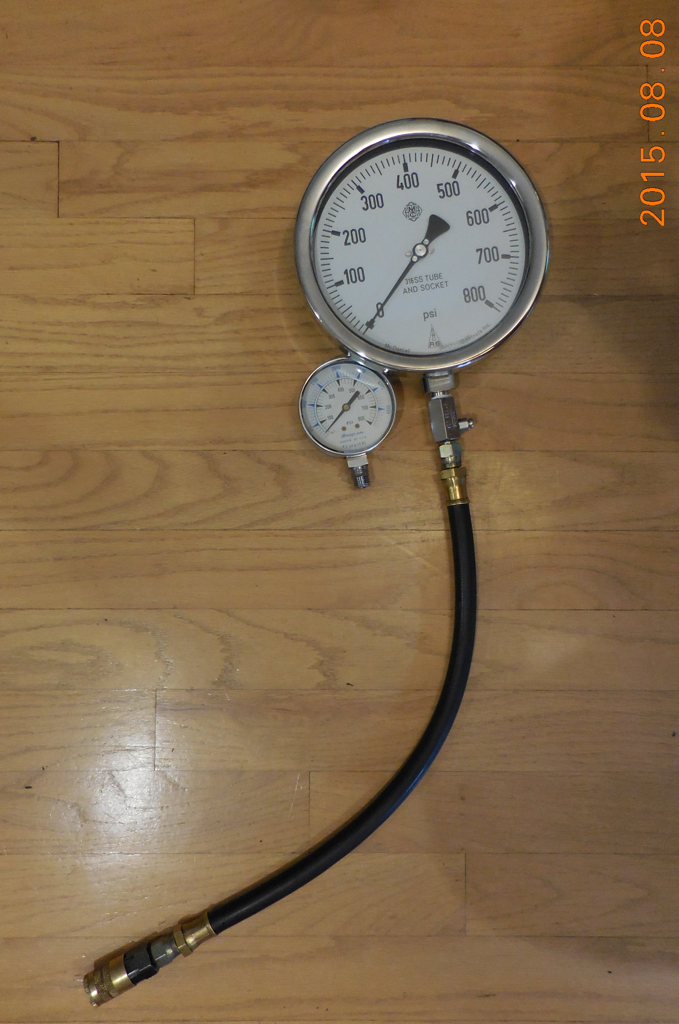 Diesel_Compression_Gauge_08b.jpg