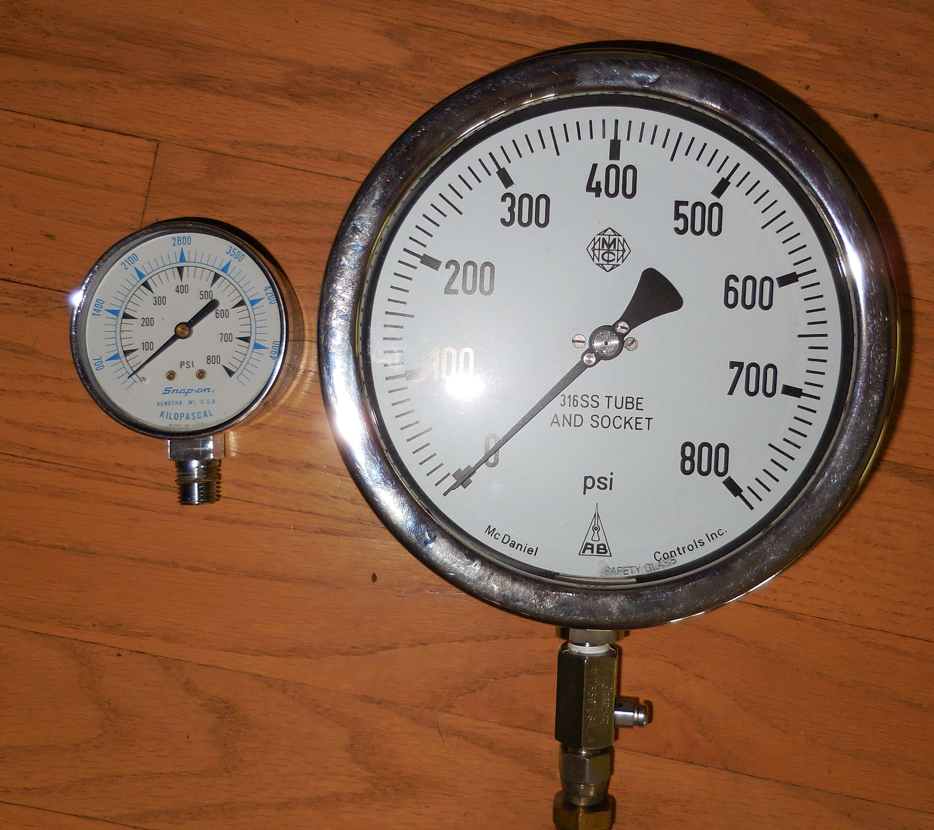 Diesel_Compression_Gauge_09b.jpg